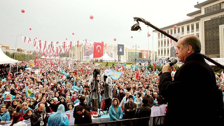 الرئيس التركي أردوغان خلال إلقاء كلمة