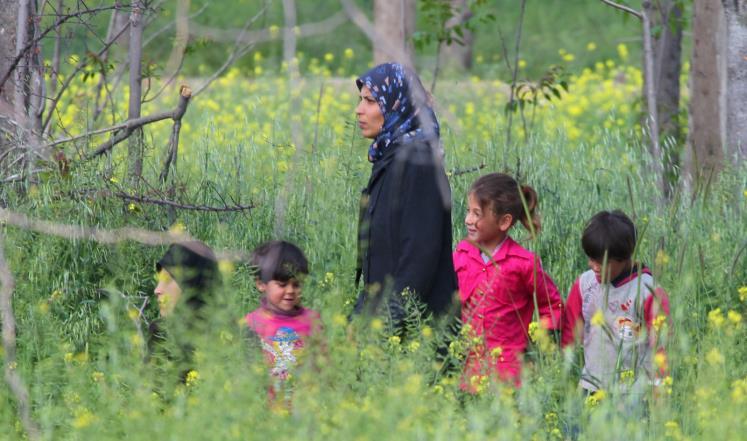 سكان من كفريا والفوعة (رويترز)