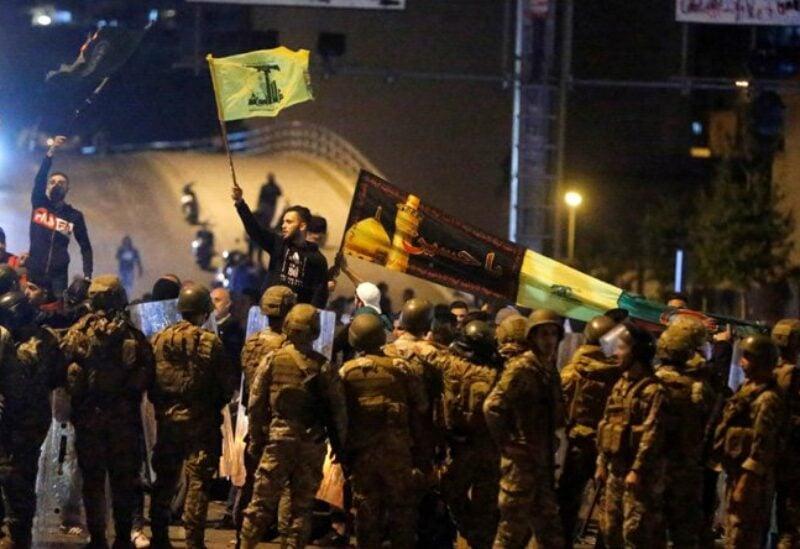 شبيحة حزب الله وحركة أمل على جسر الرينغ أثناء مهاجمتهم للثوار