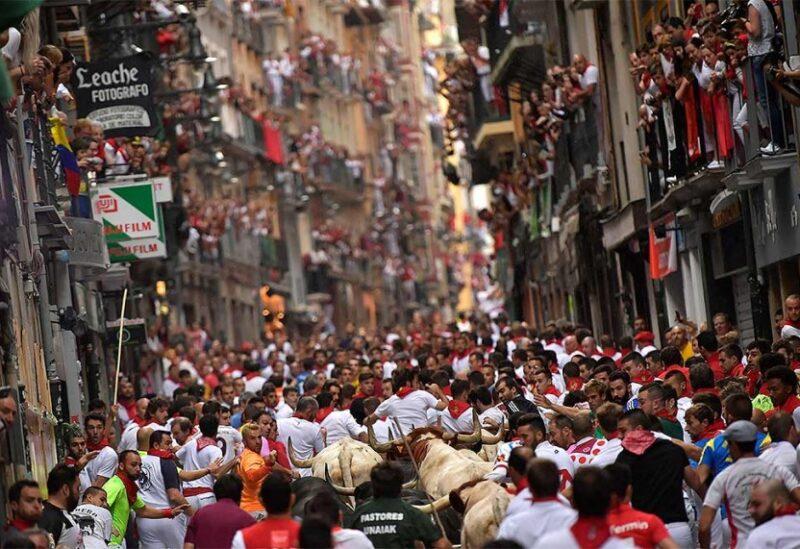 سباق الثيران في إسبانيا