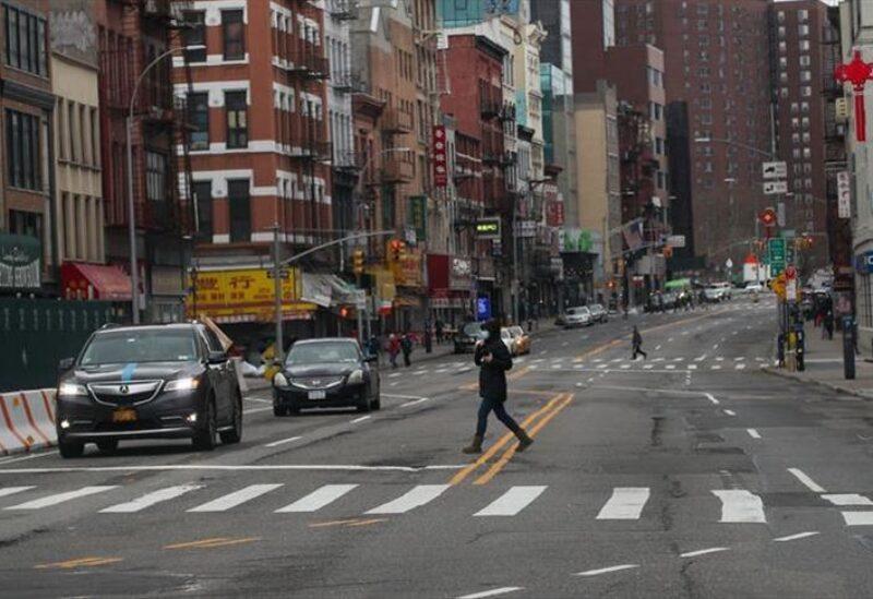 نيويورك تمدد عزل كورونا