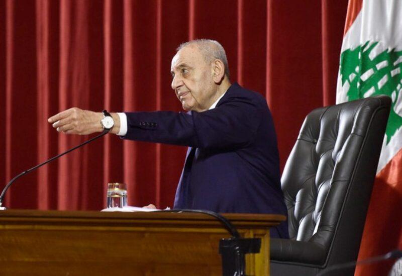 خلاف في جلسة مجلس النواب بين بري ودياب