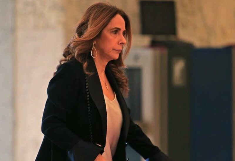 وزيرة الدفاع زينة عكر