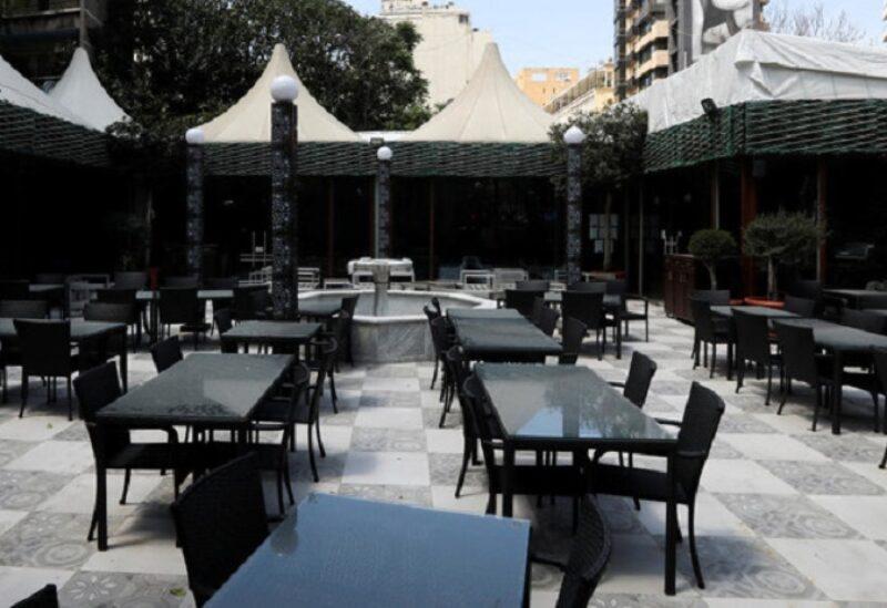 مطاعم لبنان ضحية الضربة المزدوجة لكورونا والأزمة المالية