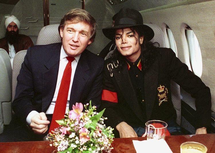 الرئيس دونالد ترامب والفنان مايكل جانسون