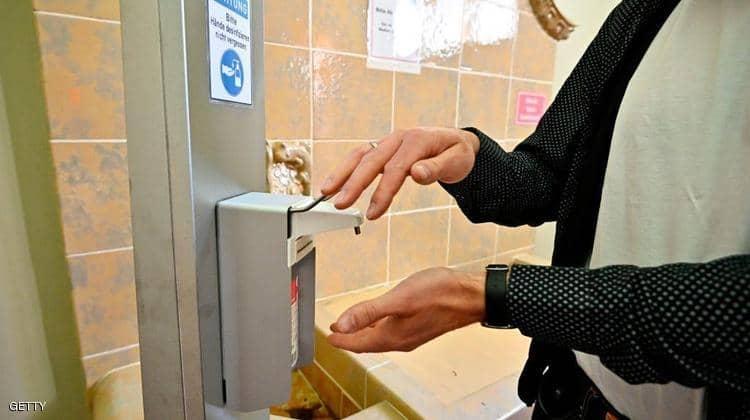 مخاطر الاستخدام المفرط لمعقمات الأيدي