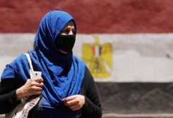 إنخفاض بإصابات ووفيات كورونا في مصر