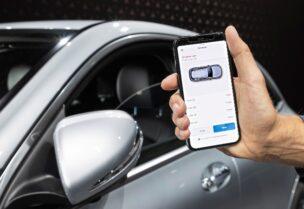 الهاتف الذكي يشعل المنافسة بين شركات تصنيع السيارات
