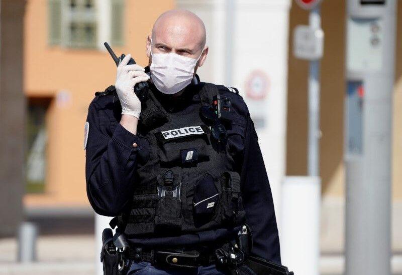 عنصر من الشرطة الفرنسية