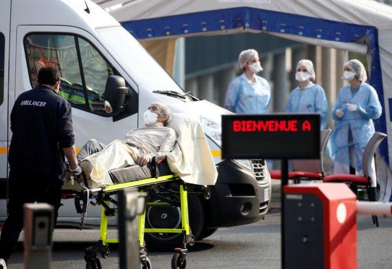 فرنسا تسجل إصابات جديدة بكورونا