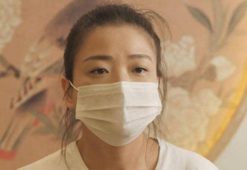 تشاو تقول لي إن الحكومة الصينية بسبب وفاة والدها بكورونا