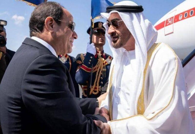 محمد بن زايد والسيسي يبحثان العلاقات بين البلدين