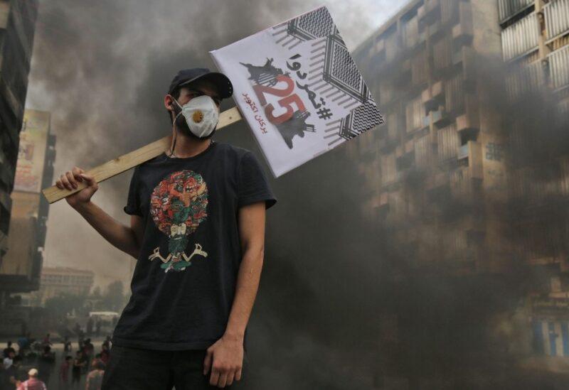 صدامات بين الشرطة ومتظاهرين في بغداد