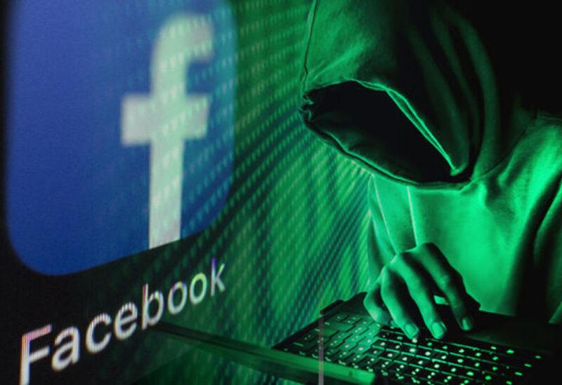 فيسبوك يكشف شبكة إيرانية استهدفت الشرق الأوسط