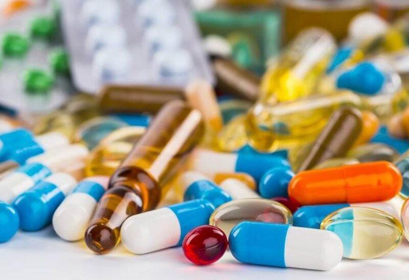 قلق من أزمة في قطاع الدواء