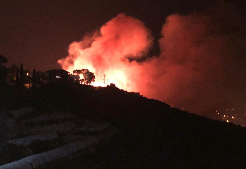 حريقٌ كبير ليلاً في بنتاعل - جبيل