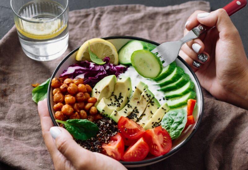 الغذاء الصحي المتوازن ضروري لصحة الإنسان