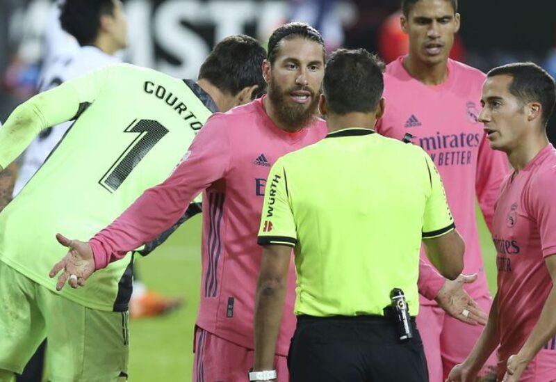 فالنسيا يتفوق على ريال مدريد برباعية