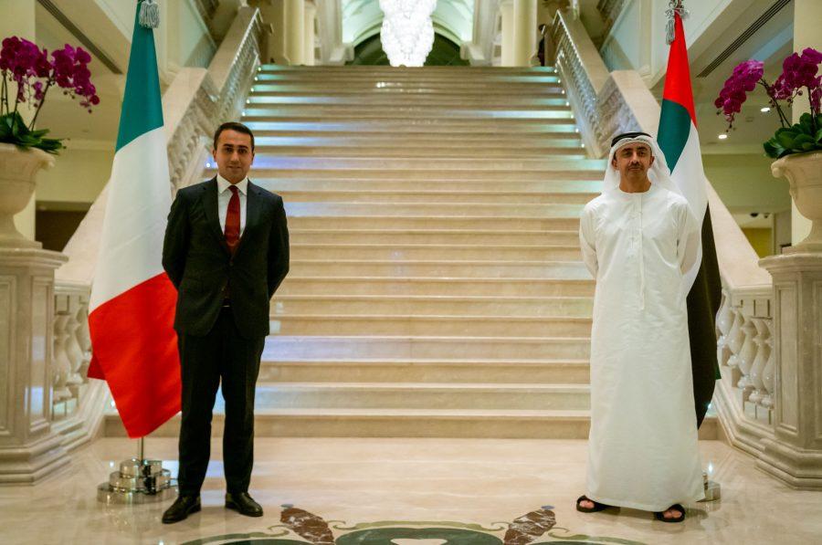 وزير الخارجية والتعاون الدولي الإماراتي ونظيره الإيطالي