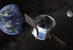 تطلق الصين غدا مسبار لجلب صخور من القمر