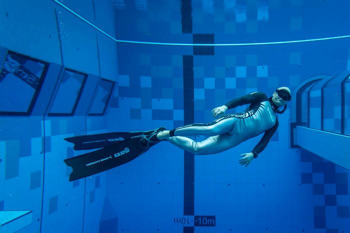 أعمق مسبح في العالم