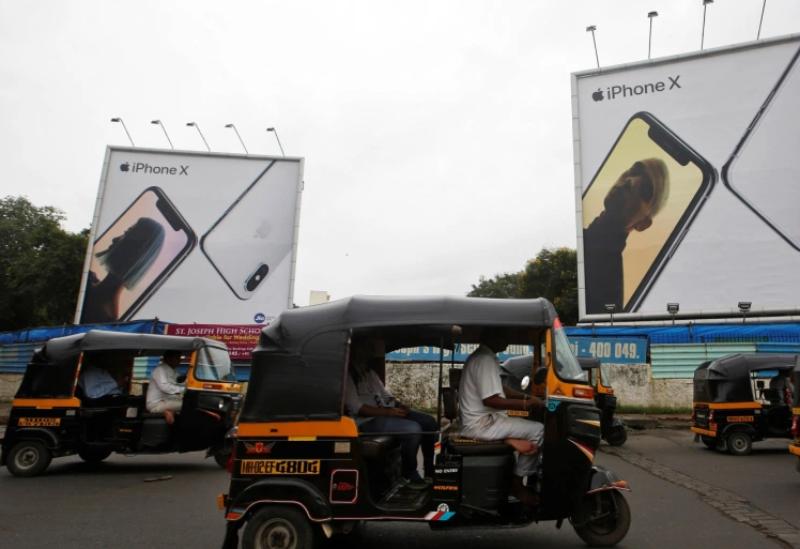 الهند تمنع استيراد أجهزة آيفون المصنعة في الصين