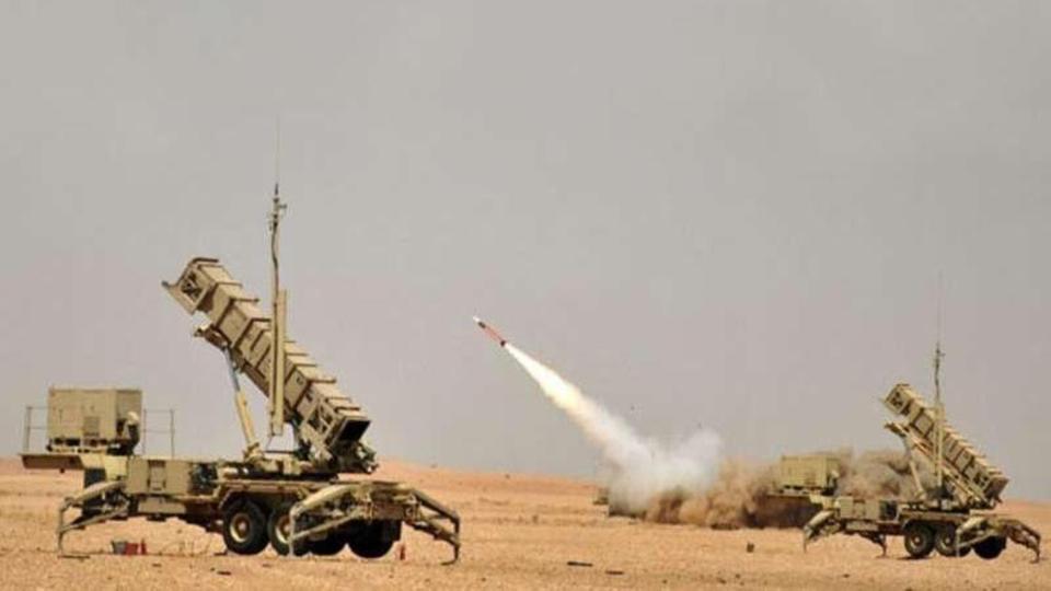 التحالف يحبط هجوم حوثي بصواريخ باليستية وطائرات مسيرة على السعودية