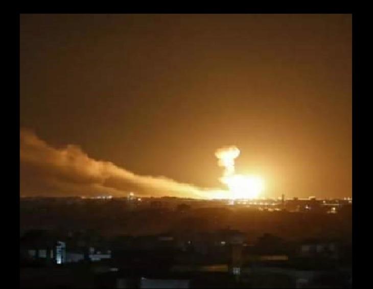 """صواريخ إسرائيلية تستهدف مواقع إيرانية في منطقة """"السيدة زينب"""" جنوب دمشق"""