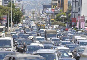 طوابير الذل في لبنان